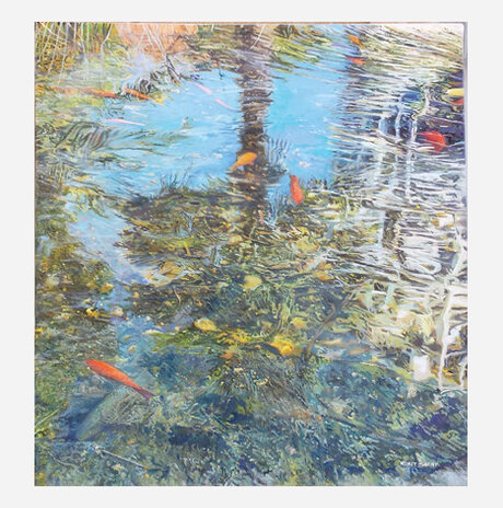 Reflection in an urban pool / Nurit Shany