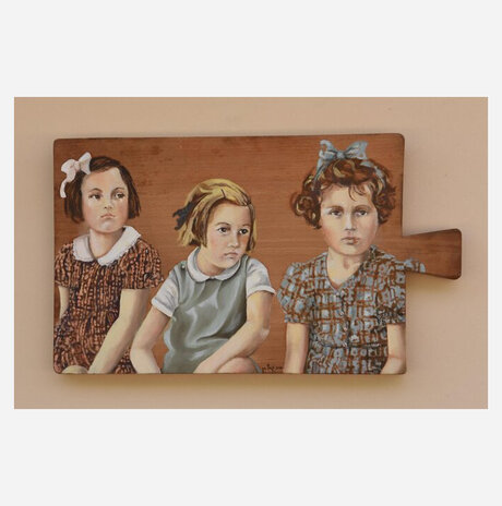 Three girls / Haya Graetz-ran
